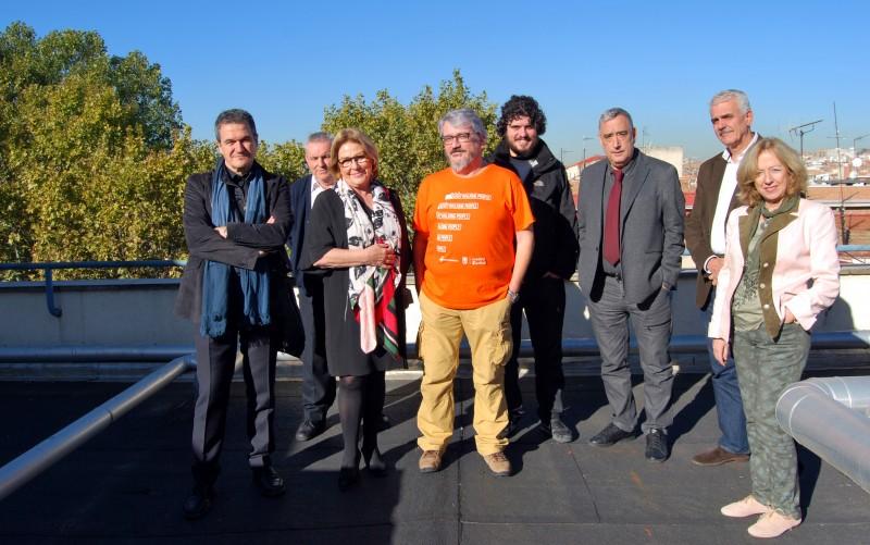 El concejal visita el CMS de Puente de Vallecas